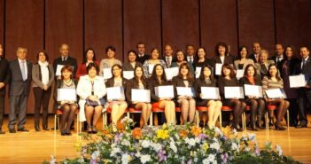 Profesionales UFRO recibieron diplomas de postítulo por Universidad de Valparaíso